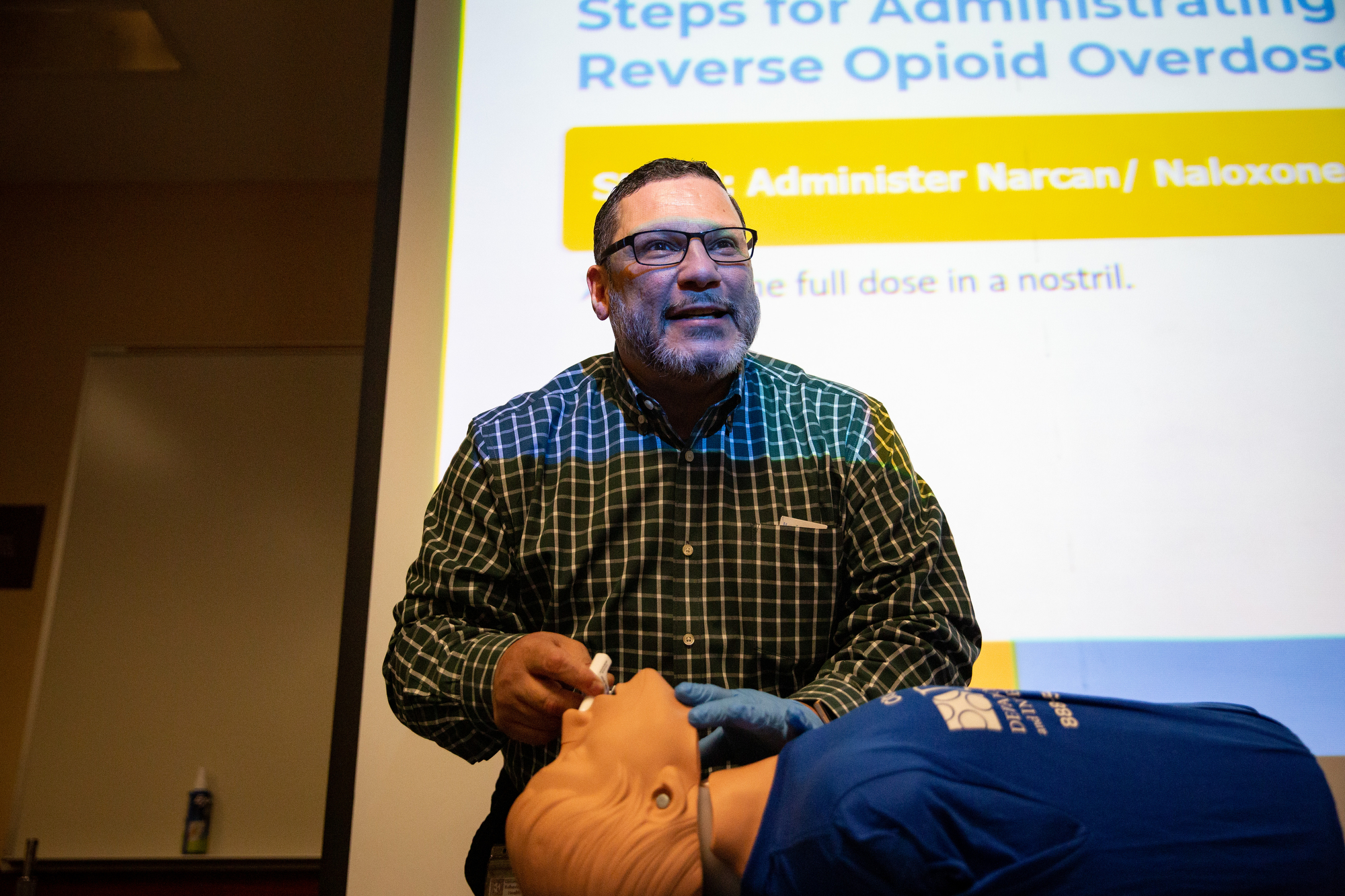January 7, 2019 — State Senator Art Haywood and State Representative Chris Rabb co-hosted an event to allow constituents to learn about Narcan nasal spray and how to save someone from an opioid overdose.