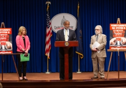 June 12, 2019 – State Senator Art Haywood (D-Montgomery/Philadelphia), State Senator Vincent Hughes (D-Philadelphia/Montgomery) State Senator Katie Muth (D-Berks/Chester/Montgomery), and PA Budget and Policy Center Director Marc Stier hosted a press conference announcing the Fair Share Tax legislation introduced earlier this week.