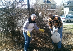 April 11, 2015: Participating in the Abington Environmental Advisory Council's spring clean-up in Roslyn with Commissioner Lori Schreiber.